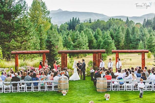 leavenworth barn wedding venues mini bridal