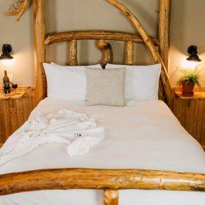 Bed in Ledgepole Suite at Pine River Ranch