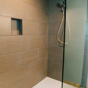 Shower in Ponderosa Room at Pine River Ranch