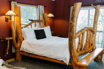 Bed in Nason Suite at Pine River Ranch