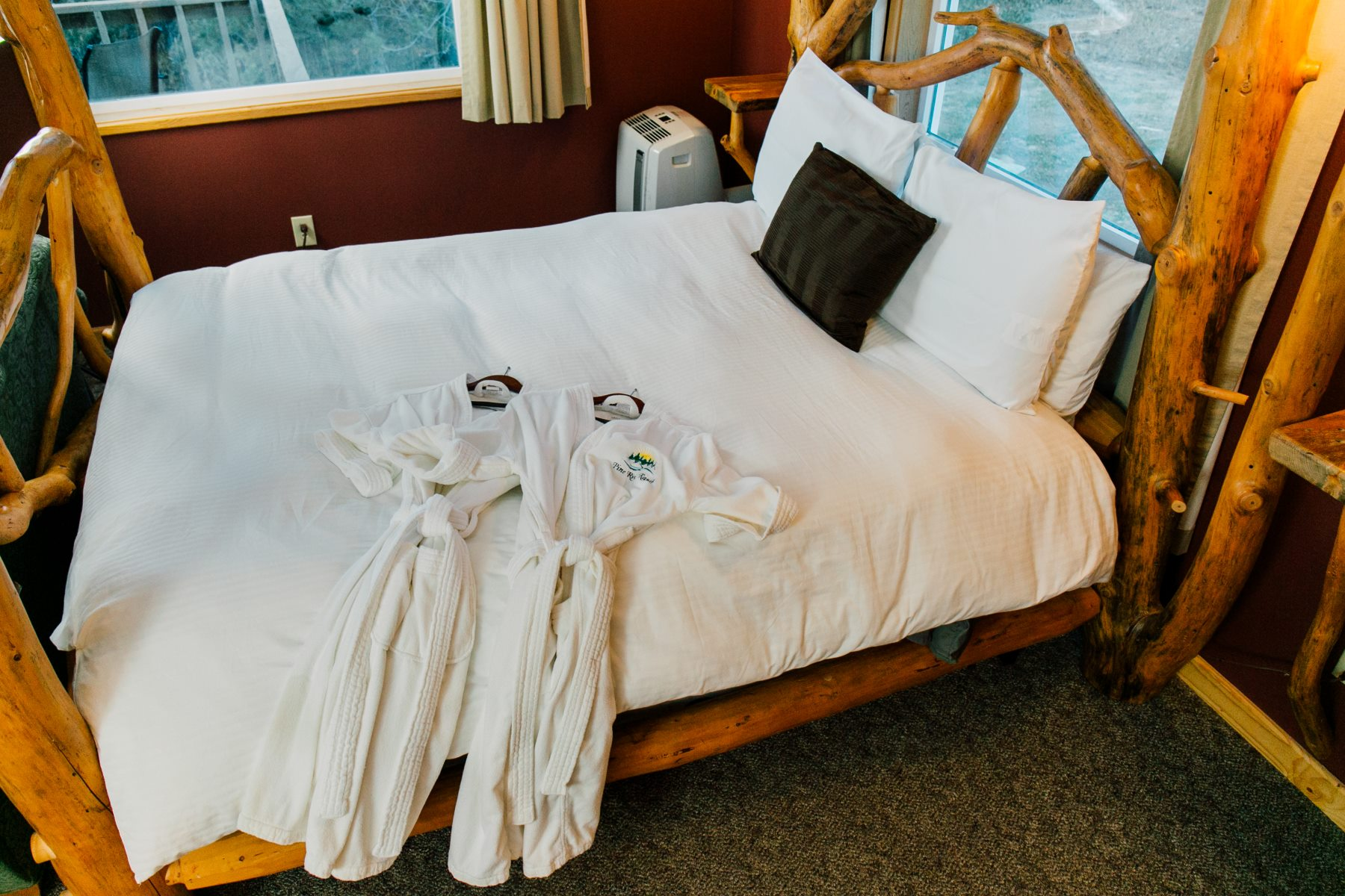 Bathrobes in Natapoc Suite at Pine River Ranch