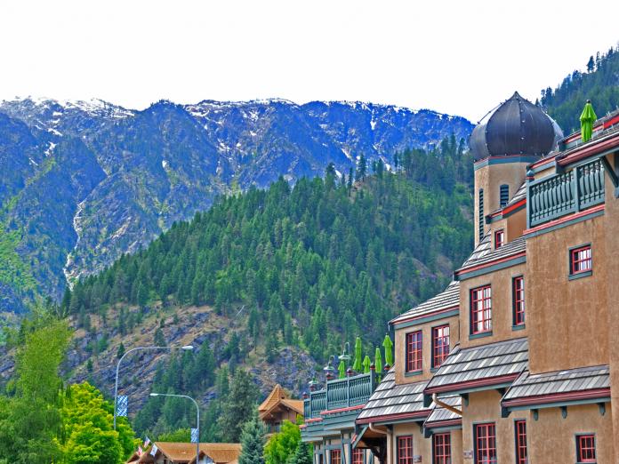 Leavenworth History