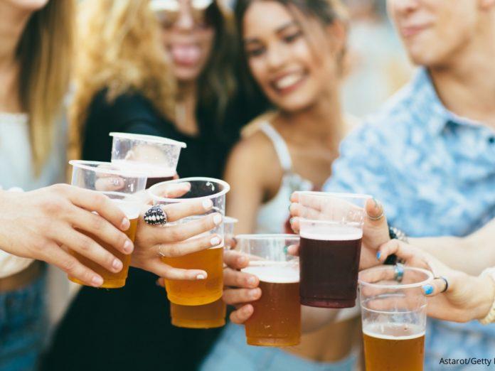 Friends Tasting Craft Beers at the Leavenworth Ale Fest