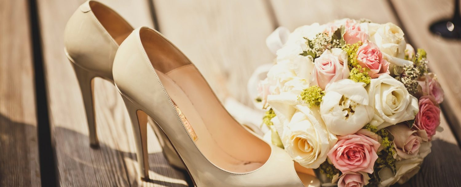Bridal Shoes and Bouquet: Elope Leavenworth
