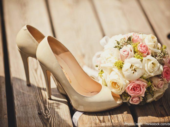 Bridal Shoes and Bouquet: Elope Leavenworth
