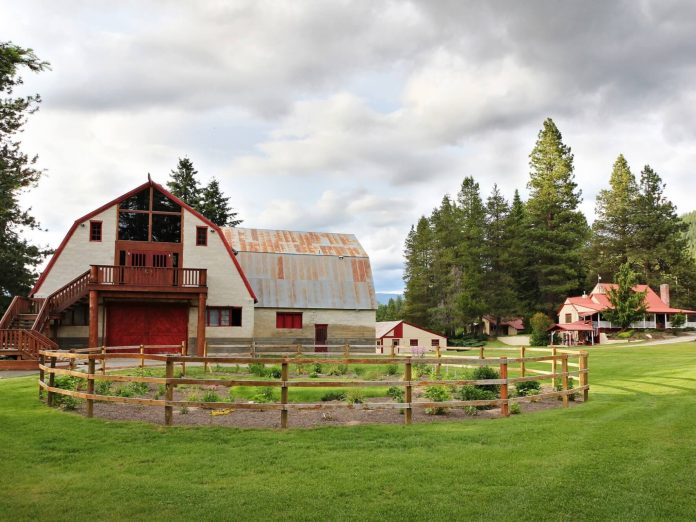 Pine River Ranch Leavenworth Bed and Breakfast